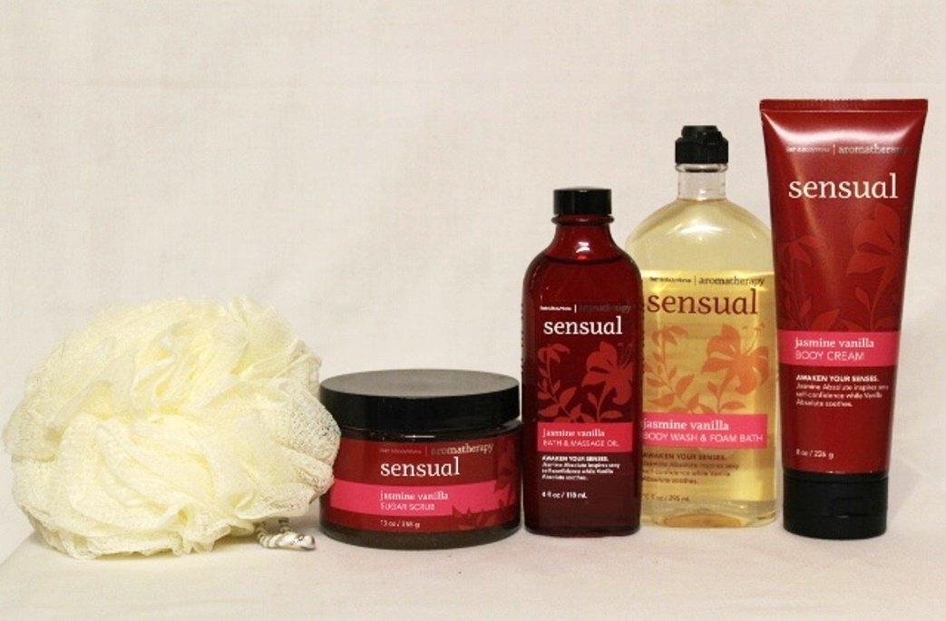 Bath & Body Works ~ Aromatherapy Heightens Sensuality ~ Jasmine Vanilla ~ 5 Piece Spa Day Getaway Gift Set ~ Shower Sponge ~ Sugar Scrub ~ Massage Oil ~ Body Wash/foam Bath & Body Cream