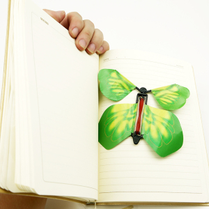 Pretty and colorful matt effect wall decoration flying paper butterfly fast delivery//