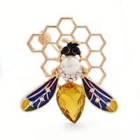 China Wholesale Insect Brooches Drop Oil Men Suit Accessories Cheap Cute Bee Pin