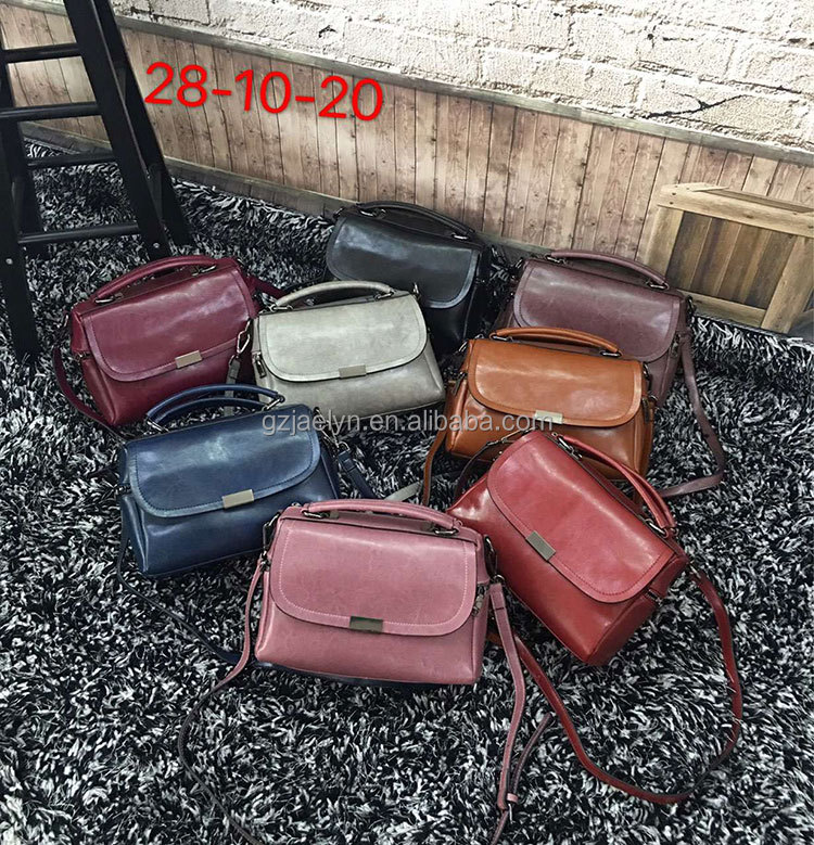 OEM order top quality stock fashion designer vintage leather handbags for women trendy leather messenger bag ladies casual bags