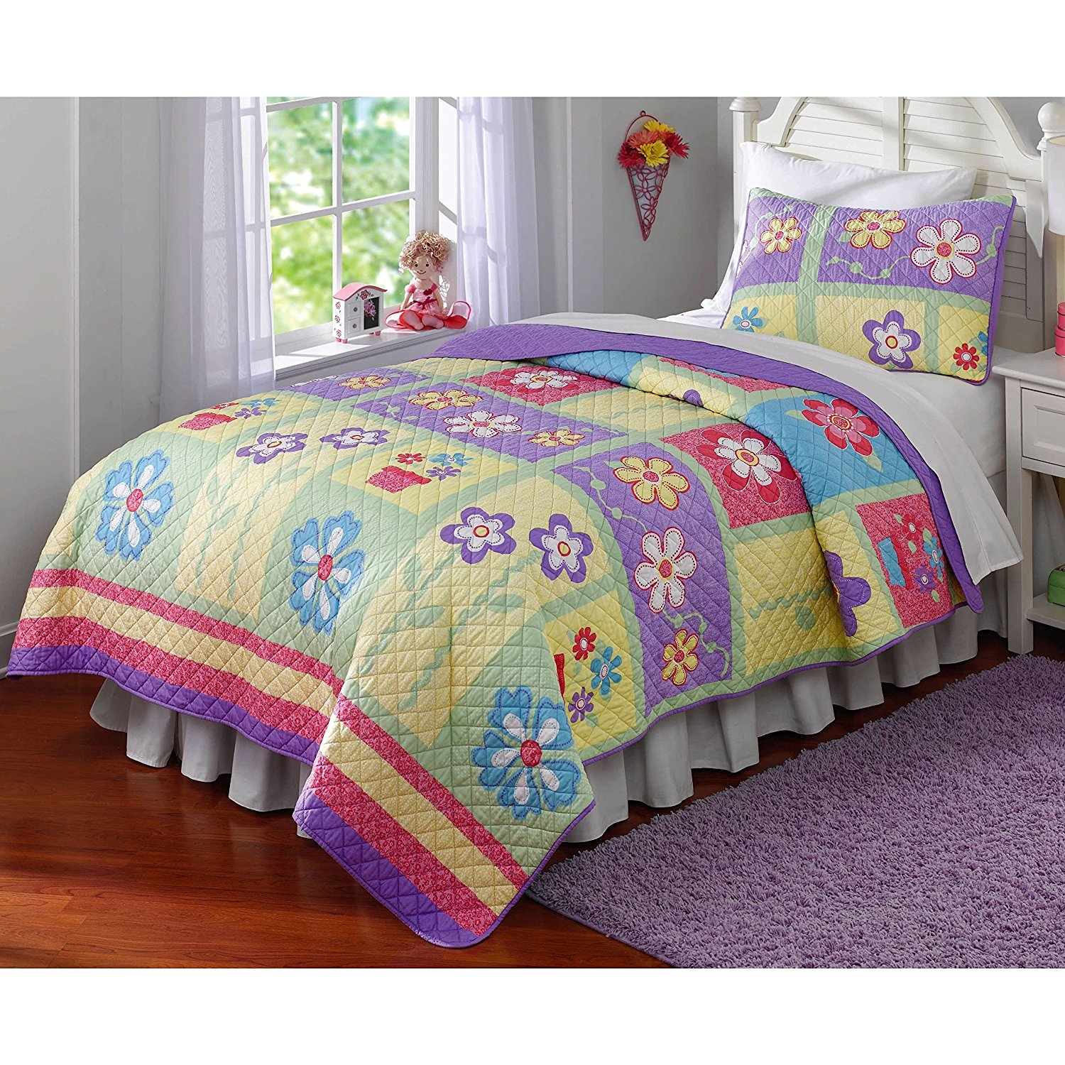 3 Piece Kids Girls Pink Red Purple Yellow Green Full Queen Quilt Set, Floral Themed Bedding Flower Bright Daisies Patchwork Cute Adorable Stylish Fun Sweet Pretty Elegant Garden, Cotton, Microfiber