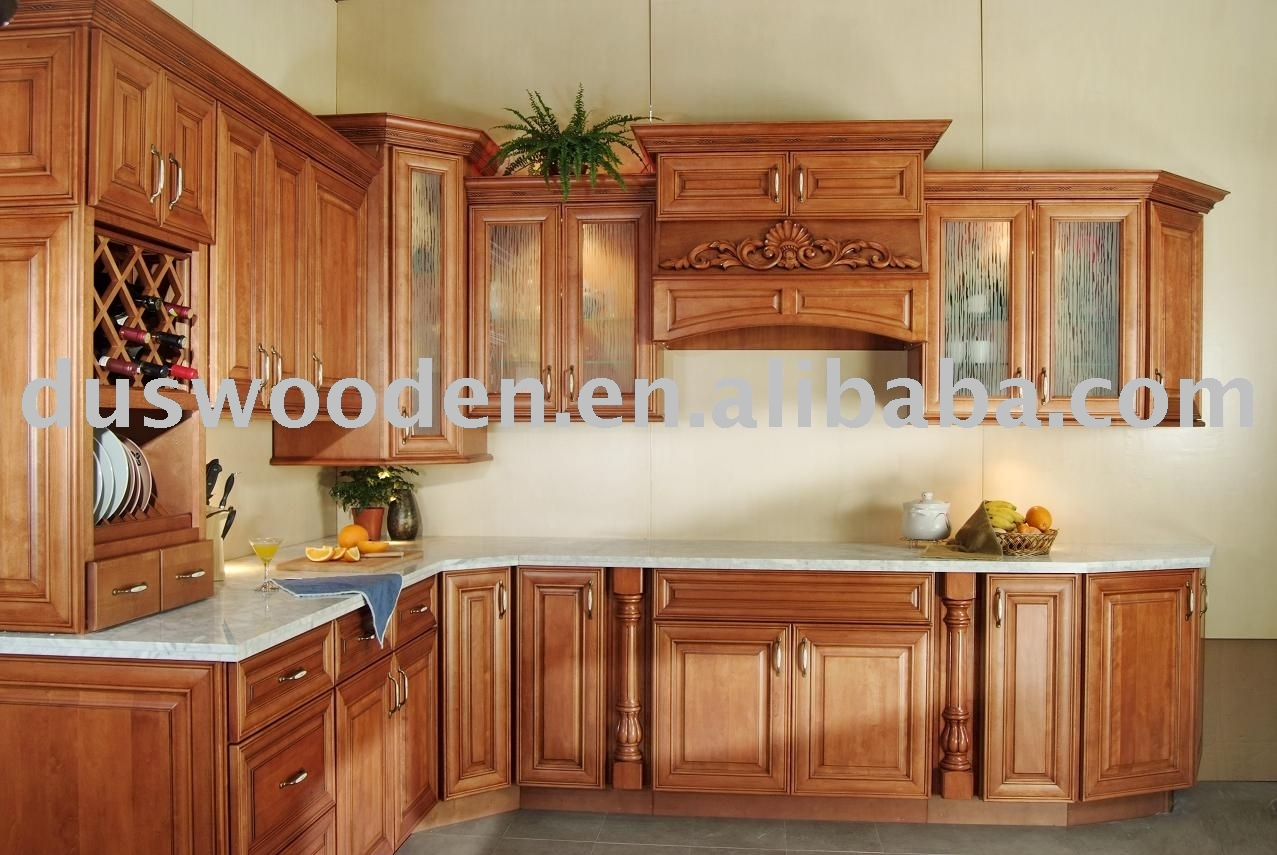 Kitchen cabinet stunning kitchen backsplash ideas with for Cherry wood kitchen cabinets price
