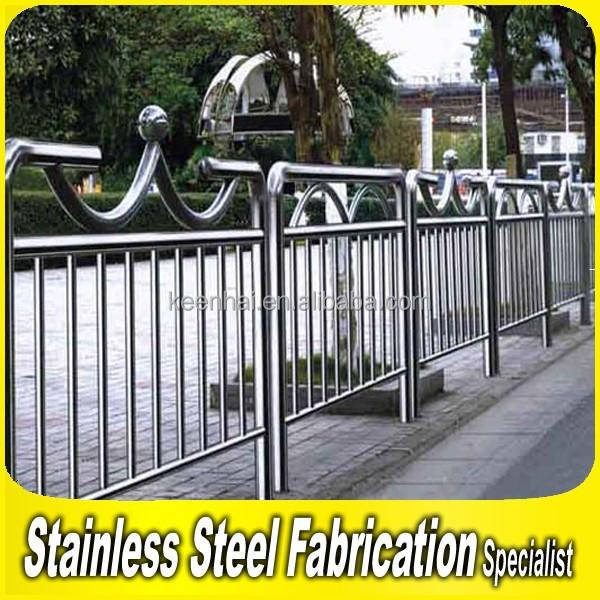 Fabricage project huis trap balustrade van roestvrij staal metalen palen balustrades en - Huis roestvrij staal ...
