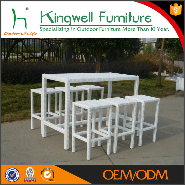 Outdoor Furniture General Use Tall And White Bar Stools And Table