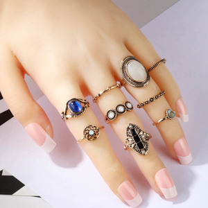 Huilin Customized Vintage MIDI Set to Quit Vintage Crown Opal Refers To The Ring