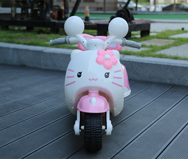 Pink/white 6V Battery Powered Ride on Car for Children Wholesale
