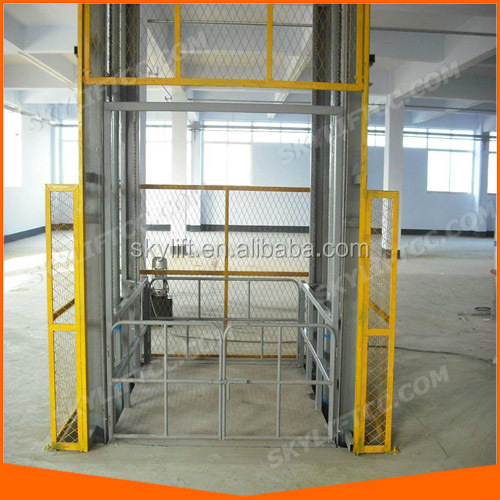 Vertical guide rail cargo elevator lift
