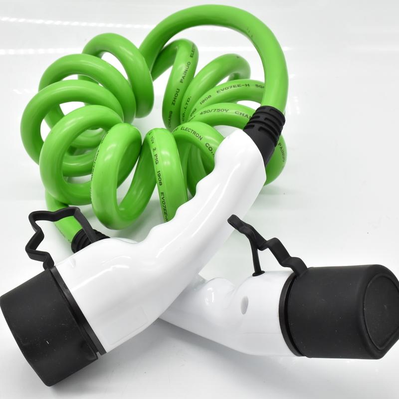 3 เฟส IEC 621962 ฤดูใบไม้ผลิสีเขียว SPIRAL CABLE ประเภท 2 EV Fast ปลั๊กชาร์จ