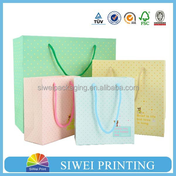 cute distinguished chocolate paper bags 2010 new paper bag creative Eco-Friendly flat handle paper bag
