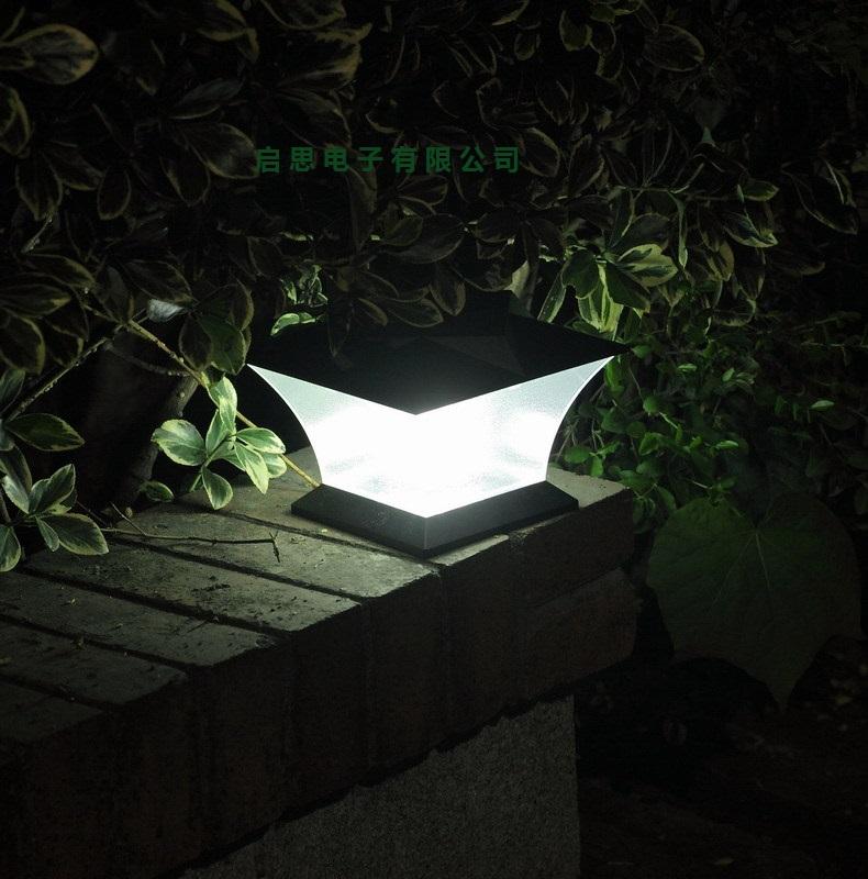 "Solar Lights Extra Bright: Ultra Bright 7"" Solar Post Cap Light With18pcs Leds Solar"
