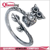 Lucky Owl Crystal Ring Bird Ring Free Size Encircle Ring Black Crystal Fashion For Men Women Gift Idea