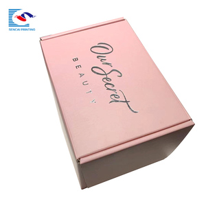 Corrugated paper packaging mailing box for clothing and garment