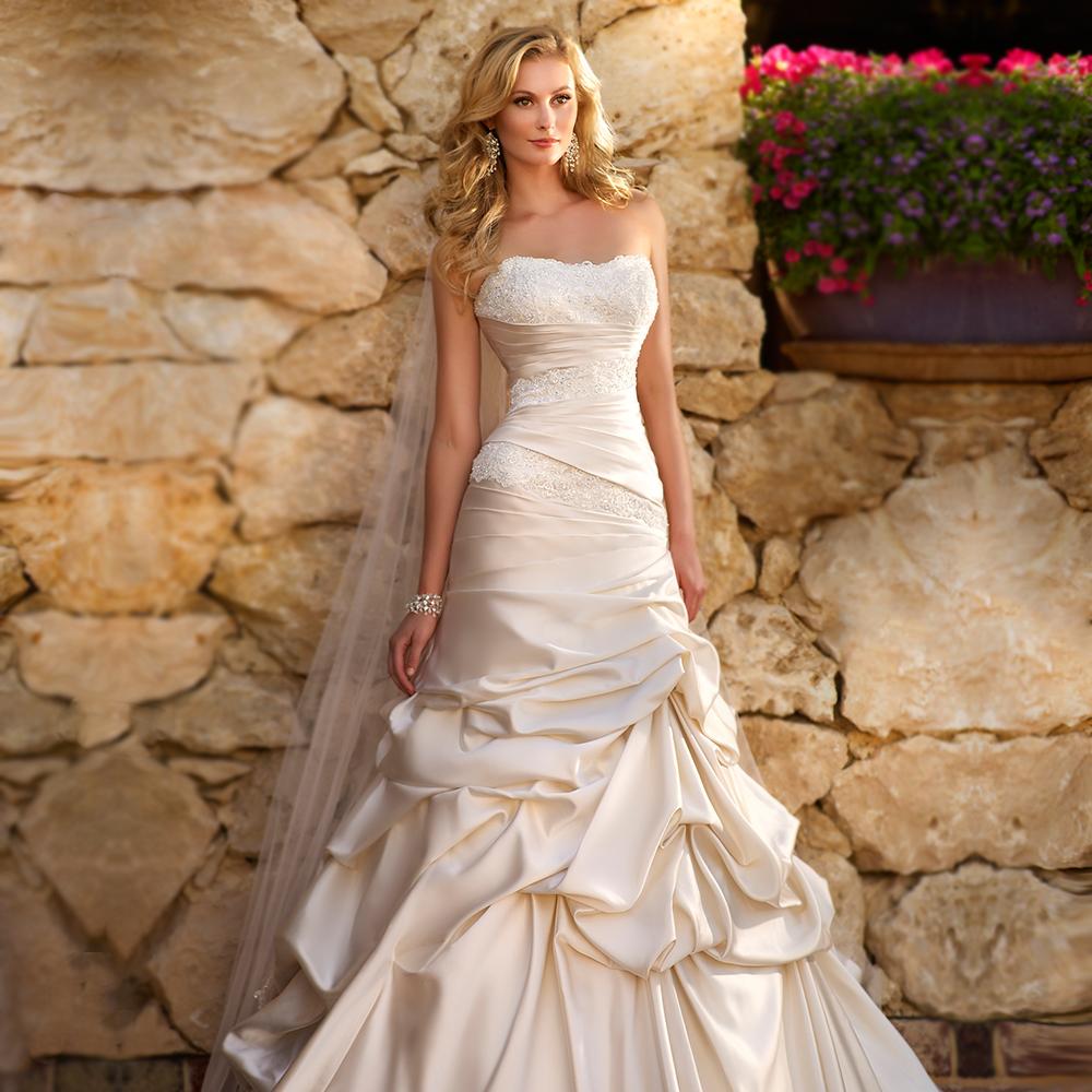 Bodice Wedding Gown: 2015 Sheath Satin Wedding Dress Lace Bodice Figure