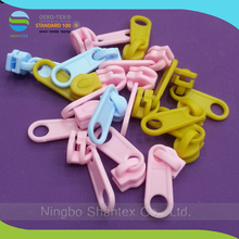 custom nylon 3# and 5# slider for PP and PE zipper in colorful