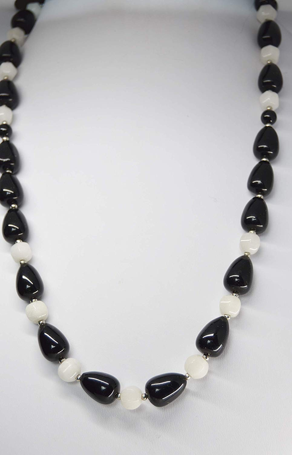 Gemstone Onyx and White Jade beaded necklace jewelry set with matching earrings Black and White
