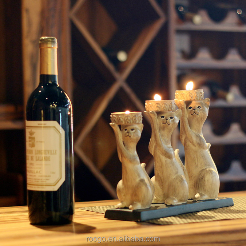 Roogo resin japan 3 cat candle holder