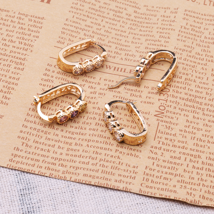 Tops Design Women Gold Ear Ring Earring With Lowest Price, View ...