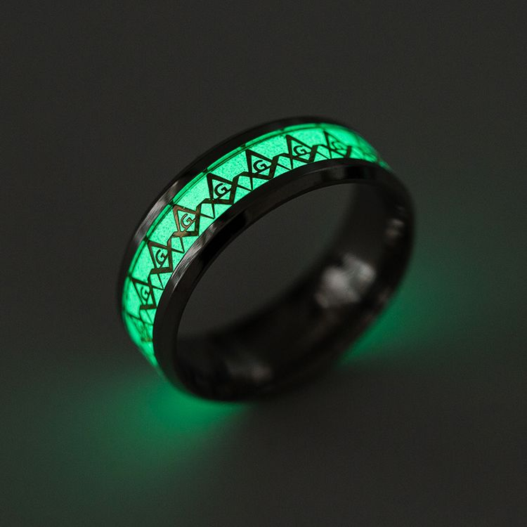 2019 New Arrivals High Quality Stainless Steel Jewelry Glow in the Dark Dolphin Luminous ring