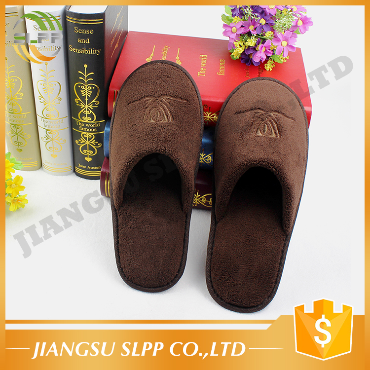 Brown coral fleece cloth plastic dot sole hotel slipper for women