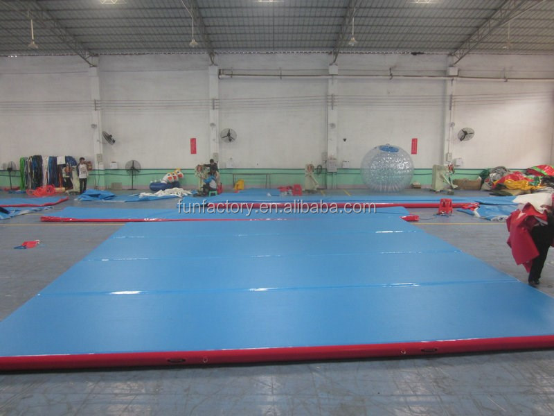 8m Double Wall Fabric inflatable tumbling gym mat for sports games