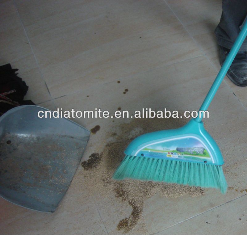 Diatomaceous Earth oil absorbent granules