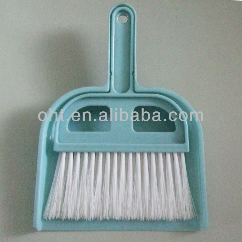 plastic Dustpan and Brush 501D from manufacturer