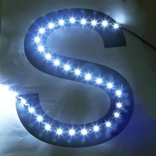 S Forma Striscia di LED SMD 2835 DC 12 V 5 M 300LED Flessibile e flessibile LED Ribbon Retroilluminazione Lettere Canale Pubblicitario luce <span class=keywords><strong>ww</strong></span>