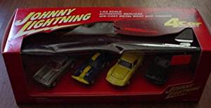 Johnny Lightning Corvette 4 Car Box Set Roadster Coupe Grand Sport