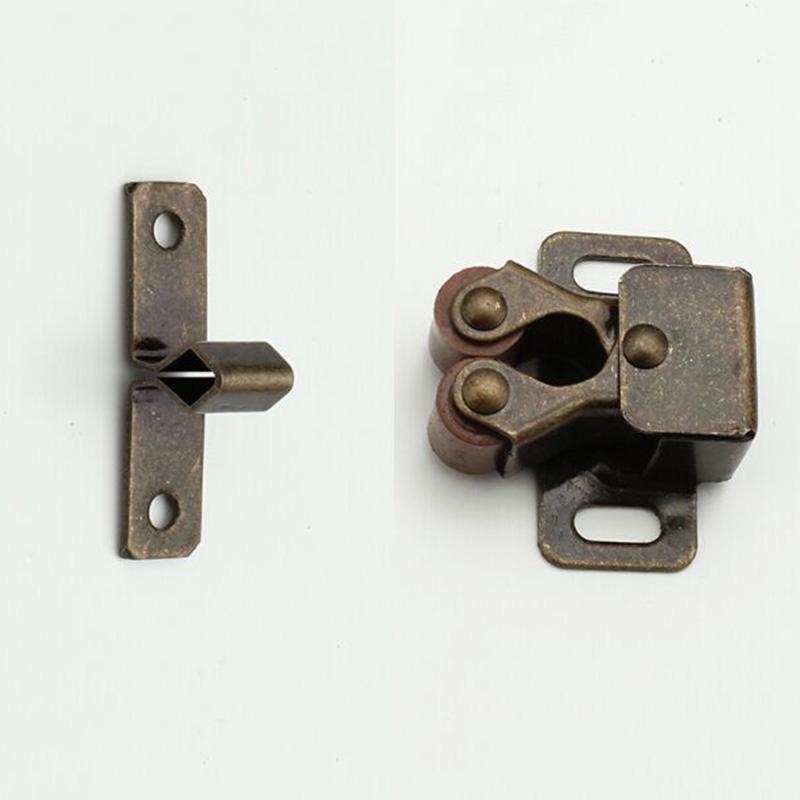 """Kitchen Cabinet Door Lock: Cabinets Door Locks & Lightbox""""""""sc"""":1""""st"""":""""ZipperBaby"""