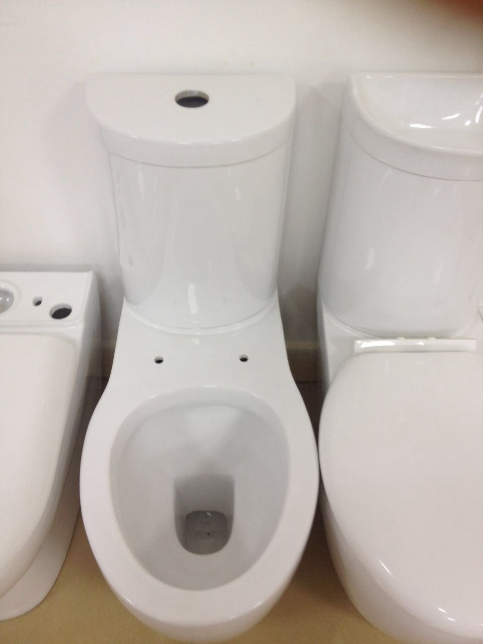 Sg-6082 Toilet Bowl Closestool Design For Portable Two Piece Wc ...
