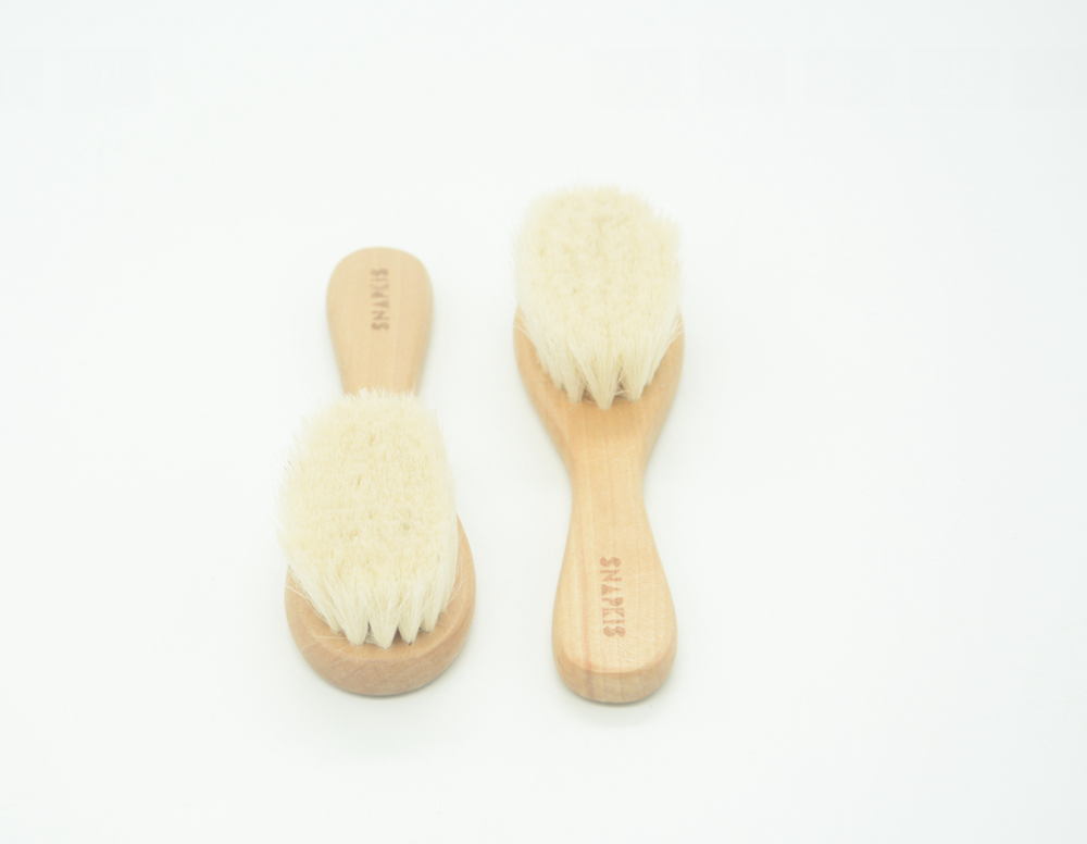 Alibaba newest Amazon hot selling Newest comfortable goat hair baby brush Hydrea Wooden Baby Brush with Soft Goats Hair Bristles