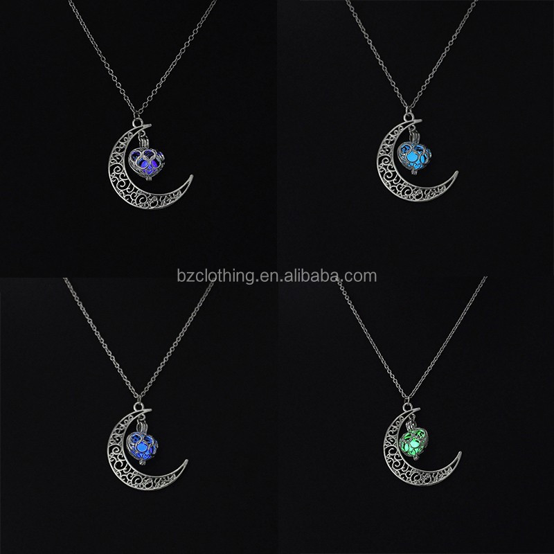 2017 Wholesale New Design Dark Glow Birthday Gift Light Charm Necklace Moon Necklace Silver Pendants DG15