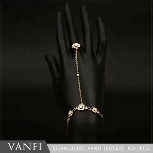 Wholesale Gold Plated Rhinestone Hand Chains Bracelet And Ring Connected Bracelet