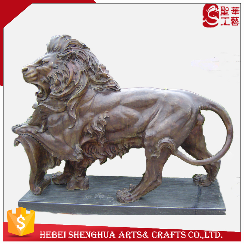 hot sale Outdoor decoration bronze lions statues of life size