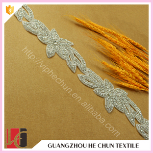 HeChun wholesale crystal pearl rhinestone trim for neck and body shoulder chain
