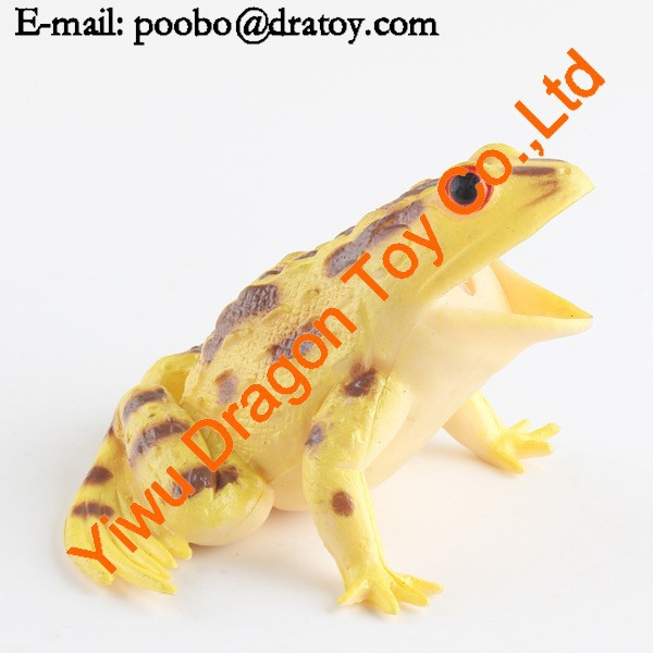 small animal frog hand puppets supplier