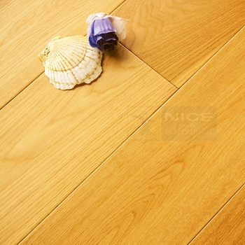 Top Oak Wooden Veneer Engineered Wood Flooring