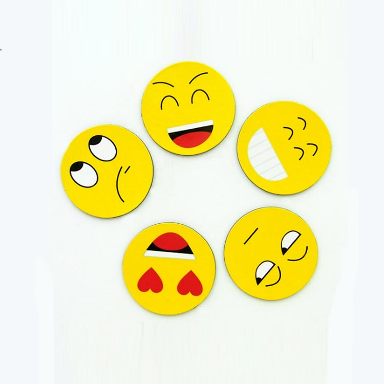 Personalized Cute Fun Cheap Custom PVC Decor Educational Whiteboard Note Message Holder Cartoon Round Emoji Fridge Magnets