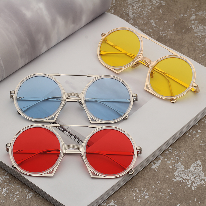 06a733553 Vintage Retro Gothic Steampunk Mirror Sunglasses Women Men Gold and Black  Metal Sunglasses Ladies Round Circle