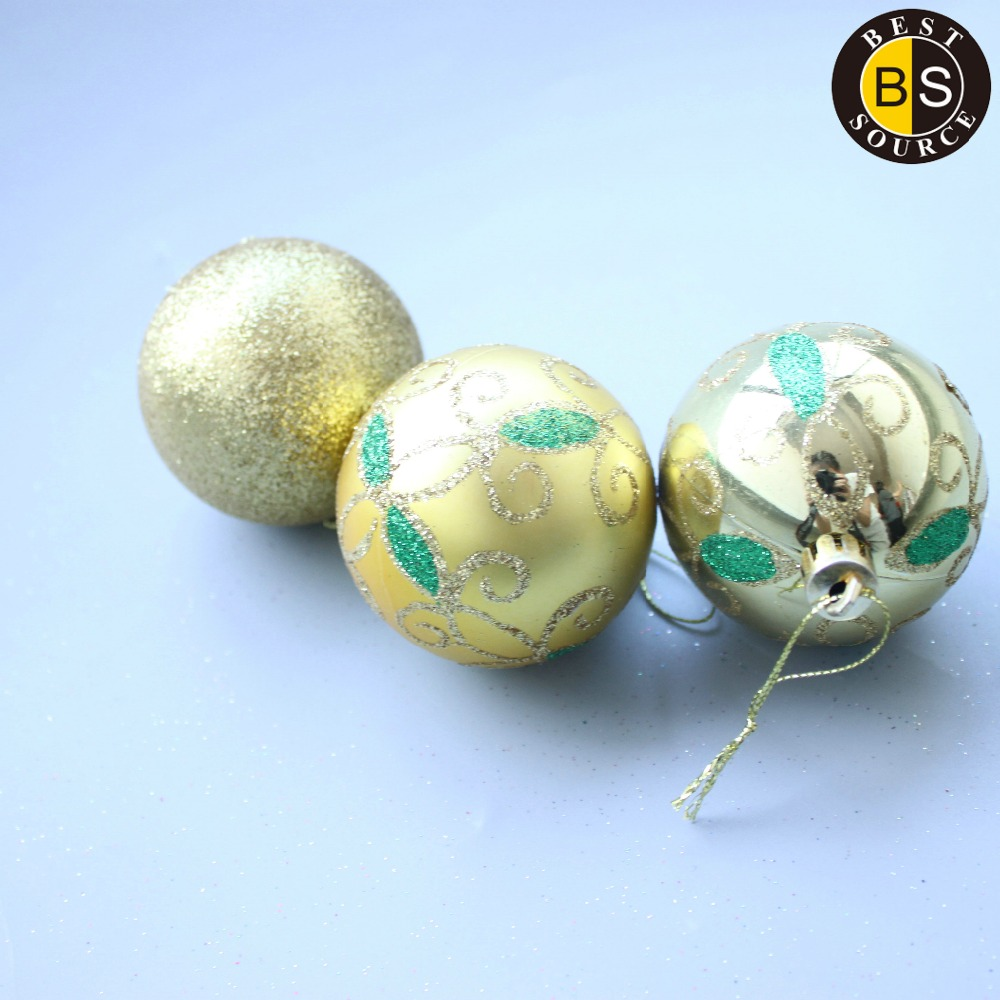 Giant outdoor lighted ornaments - Large Outdoor Christmas Balls Large Outdoor Christmas Balls Suppliers And Manufacturers At Alibaba Com