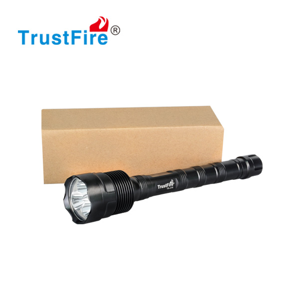 Wholesale flashlight torch 3T6 3800lumen 3 cree xml t6 led, 18650 battery. Very Hot sale high Lumen style !!!