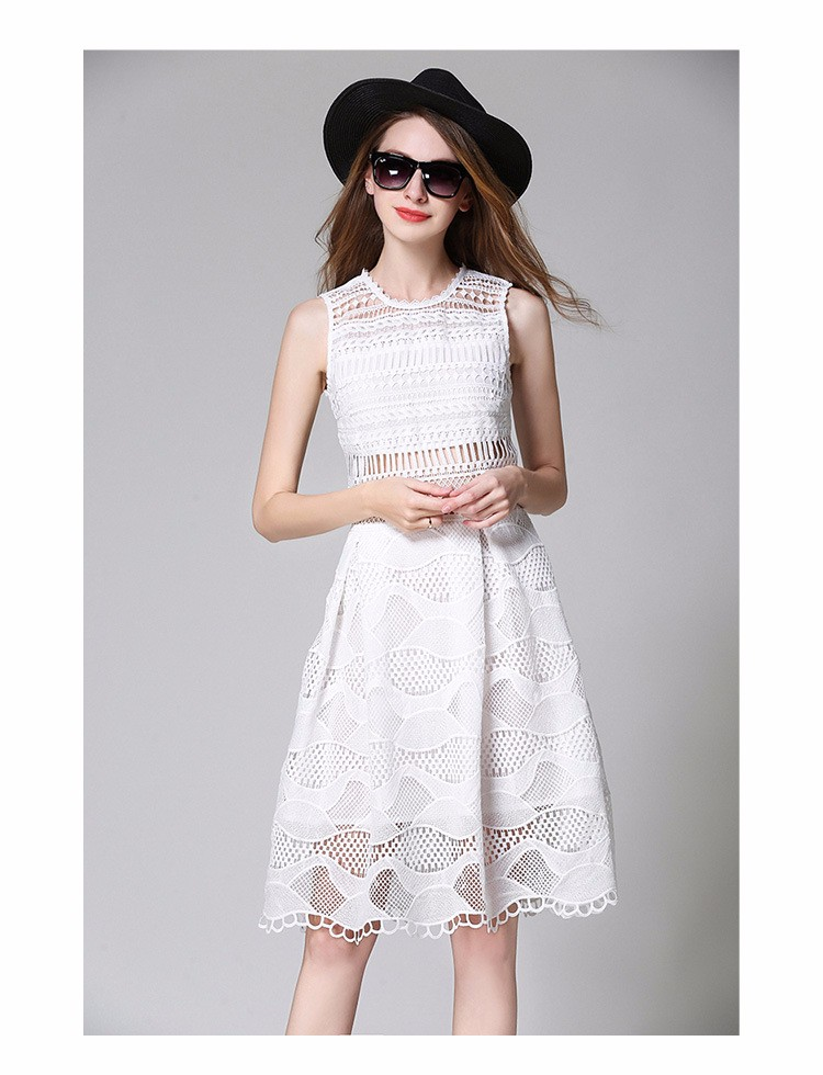 Ladies Sleeveless Blue and White Lace Dress