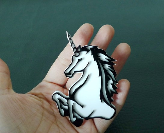 Black and White Fashion Accessoties Unicorn Brooch