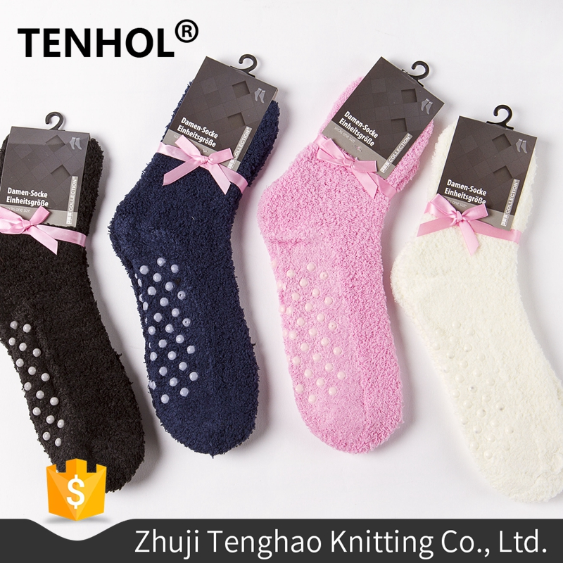 Wholesale factory ladies stylish terry socks with packaging label