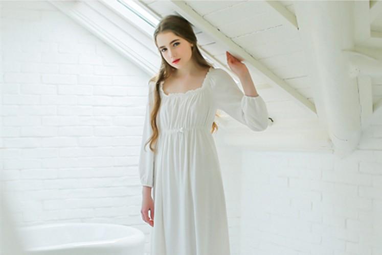 109fa12dd Compre Atacado Doce Sleepwear Algodão Branco Longo Camisola Das ...