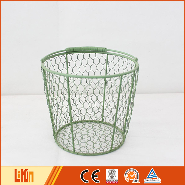 Top quality green cheap delicate garden ornaments metal wire basket
