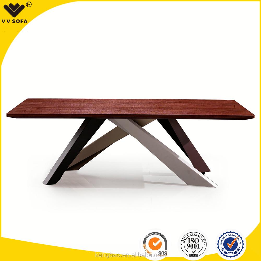 Table bois design italien for Table salle manger verre design italien