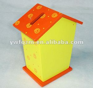 delicate and pretty wooden cash storage box for promotion