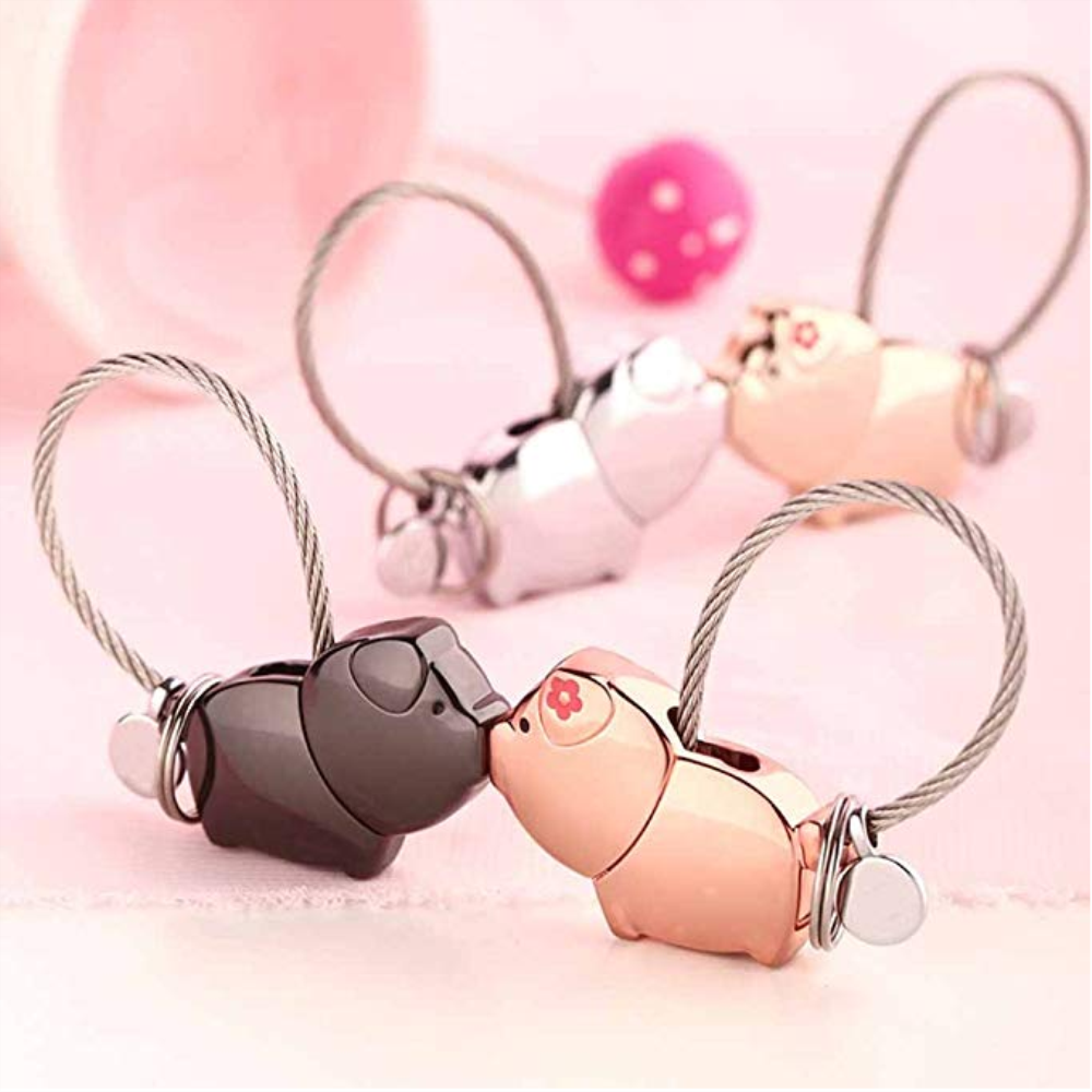 Charm and Creative gift for special day Cute Kiss Couple 3D Pig Keychain