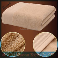 Blossom 2015 new design wholesale plush 100 percent egyptian 700 gsm bath towels